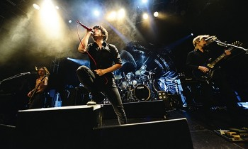 FOOL COOL ROCK, Ayo Kita Gagal Move On ONE OK ROCK Lagi
